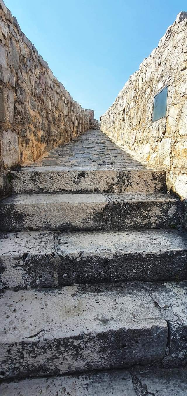 budva fortress steps
