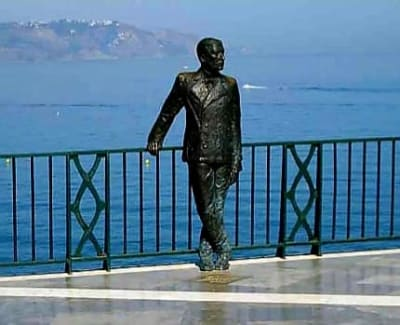 statue of a person in nerja