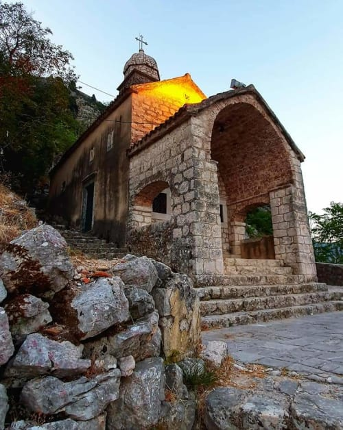 church on way to kotor fortress - front