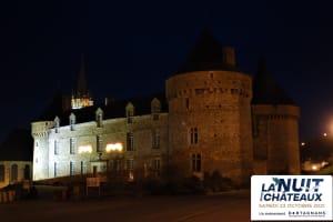 Cluedo Géant : Meurtre au Château -image
