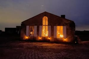 Deux temps suspendus à Fort Lapointe éclairés par les étoiles et à la lumière des chandelles !-image
