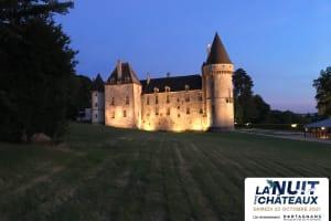 Suivez la visite guidée de nuit de la demeure de Vauban-image