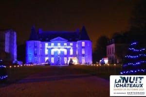 A la lueur de flambeaux profitez d'une visite guidée autour d'un château du 18ème siècle.-image