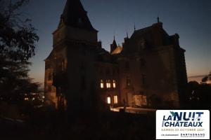 Visitez à la tombée de la nuit le château de Saint Bonnet les Oules-image