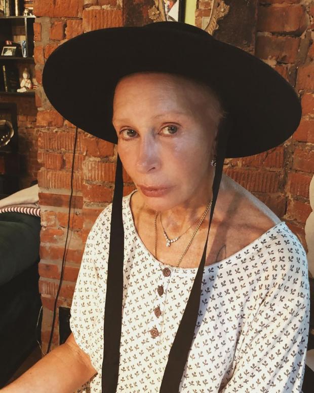 73-летняя Татьяна Васильева заболела коронавирусом но отказалась от госпитализации