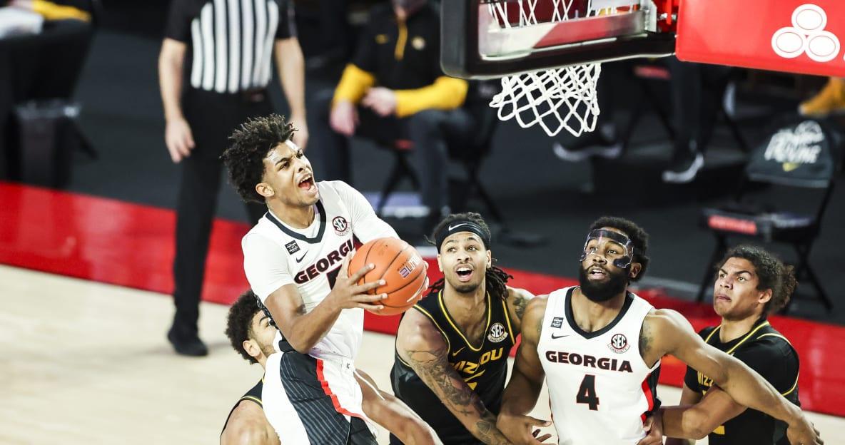 Georgia basketball battles back from 13 down, upsets No. 20 Missouri - DawgNation