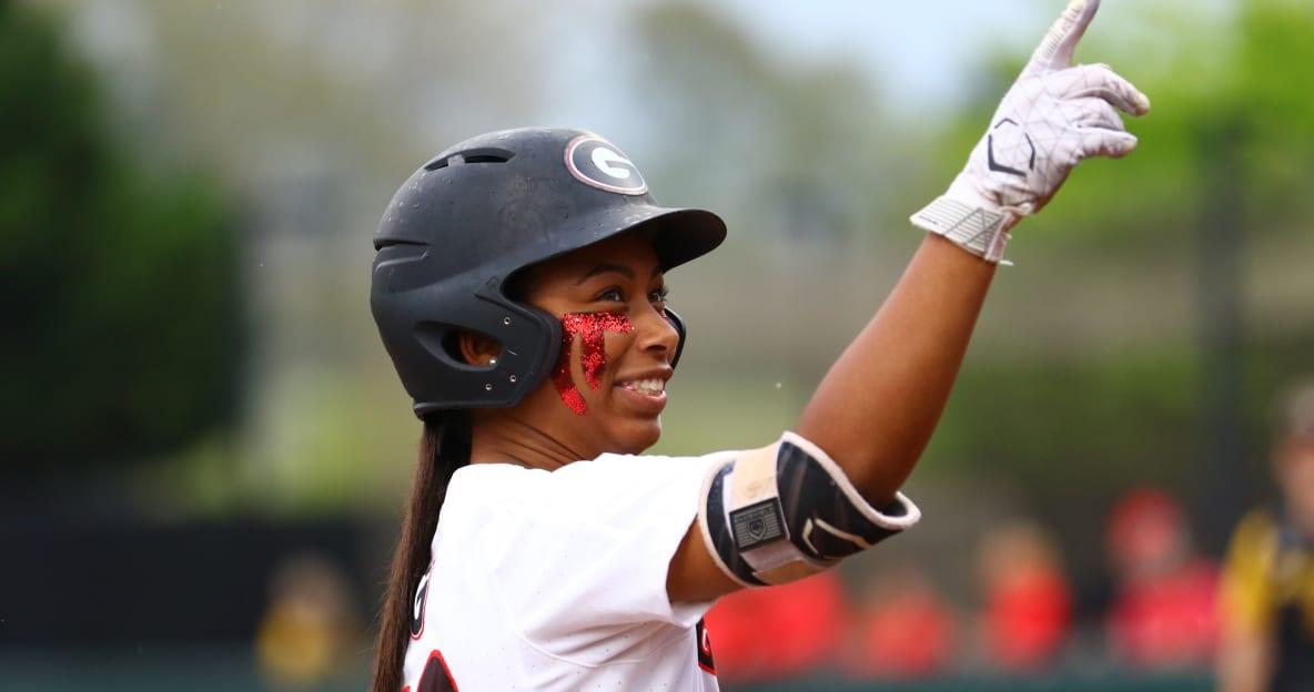 VIDEO: Ciara Bryan's walk-off homer lifts Georgia softball over Drake in NCAA regional