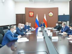 В Правительстве Северной Осетии обсудили вопросы строительства доступного жилья