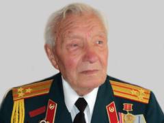 В Северной Осетии росгвардейцы поздравили ветерана Великой Отечественной войны с днем рождения