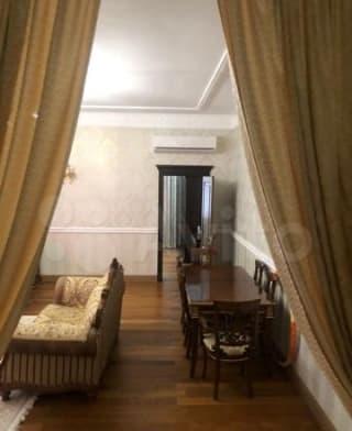 Дом 350 м² на участке 20 сот.