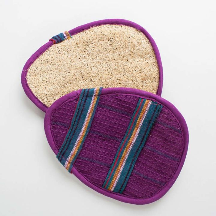 Oval Slip-On Loofah Scrubbers – Purple