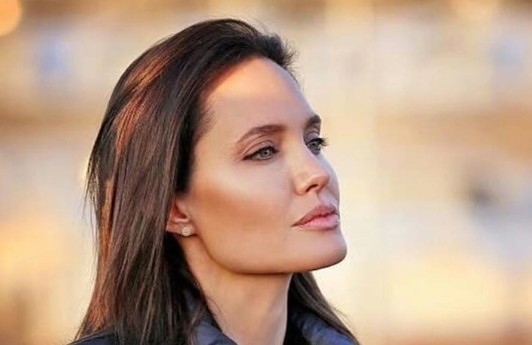 Анджелина Джоли смогла побороть депрессию у младшей дочери