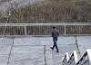 В Кузбассе 17-летний парень приставал к детям, предлагая проводить их до школы