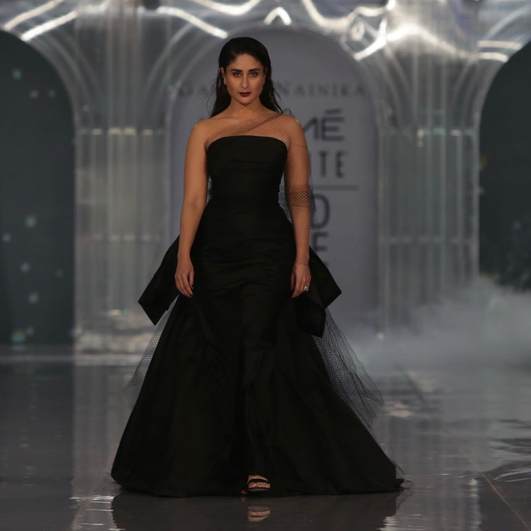 Dazzlerr: Kareena Kapoor Stuns as a Showstopper at Lakme Fashion Week for Gauri and Nainika