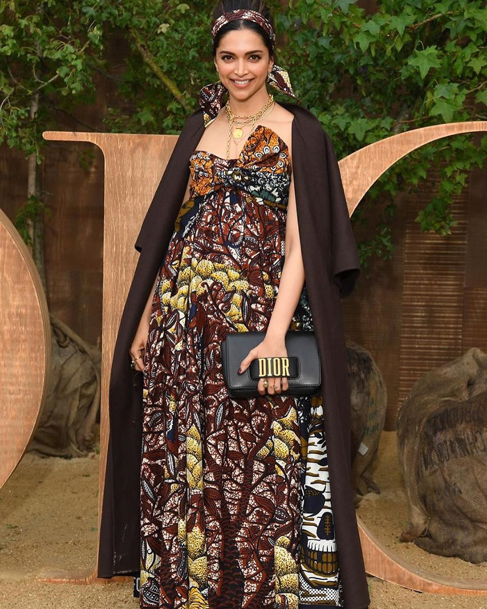 Dazzlerr: Deepika Padukone's Outfit at Dior Show in Paris is Fashion Goals