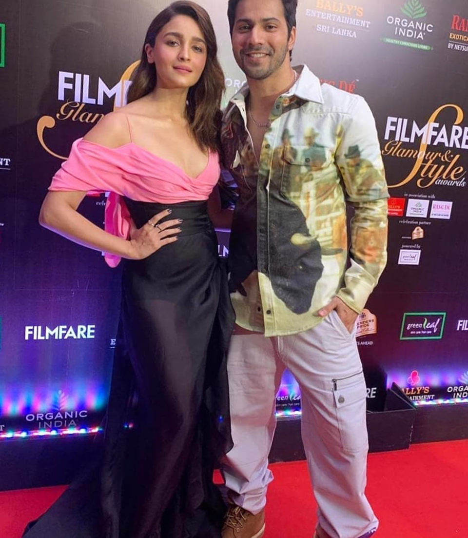 Dazzlerr: Red Carpet Looks at Filmfare Glamour and Style Awards 2019