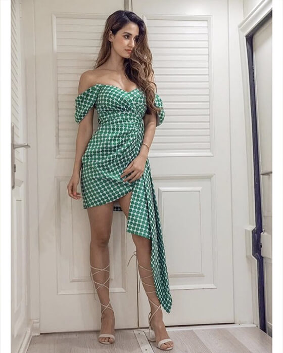 Dazzlerr - These Gorgeous Outfits of Disha Patani Inspire us to Look Like a Diva