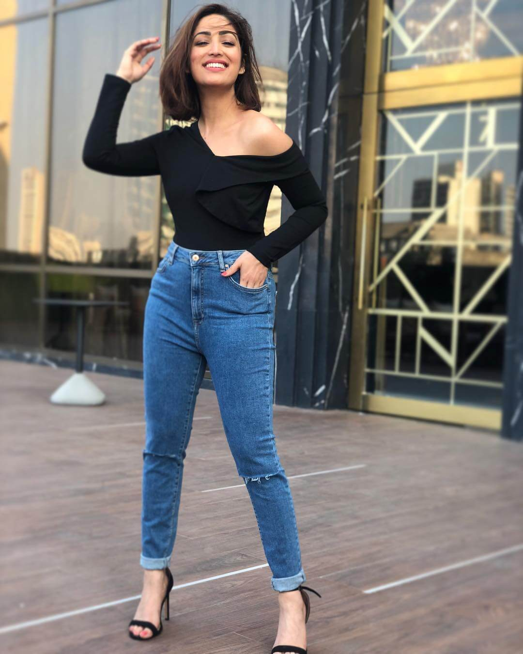 Dazzlerr - These Outfits of Yami Gautam are Perfect for the Days When you Want to Step Out Casually