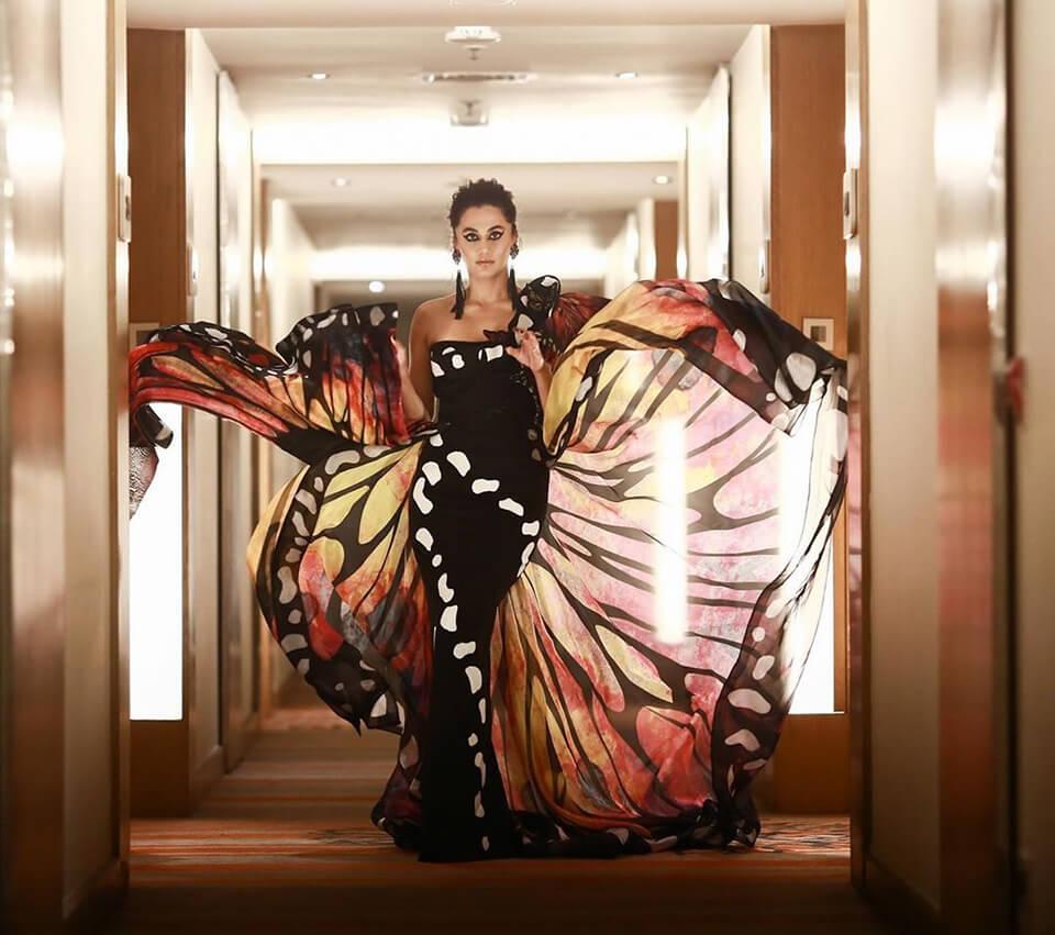 Dazzlerr - Bollywood Celebs Turn Heads at Filmfare Awards 2020
