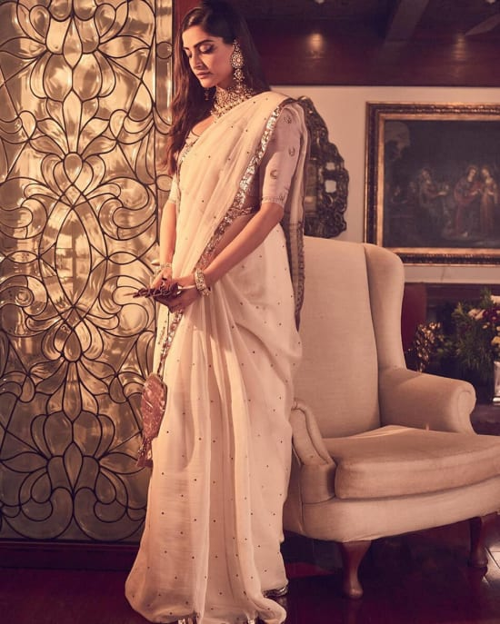 Dazzlerr - Who Wore What at Armaan Jain's Wedding Reception?