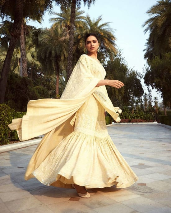 Dazzlerr: Mixed Looks of Deepika Padukone for Chhapaak Promotions