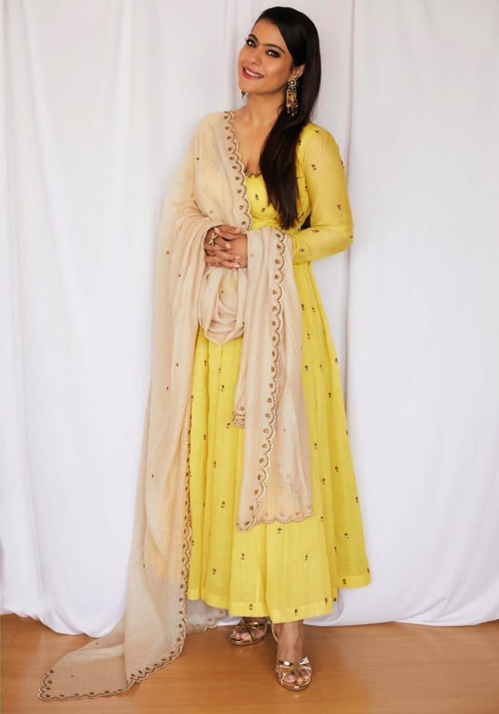 Dazzlerr: Ethnic Outfit Ideas of These Bollywood Divas are Perfect Ideas for Celebration