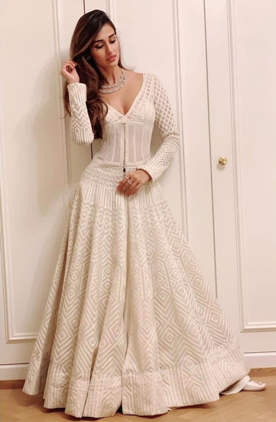 Dazzlerr: Planning to Wear White this Wedding Season? Check these Celeb Approved Ways
