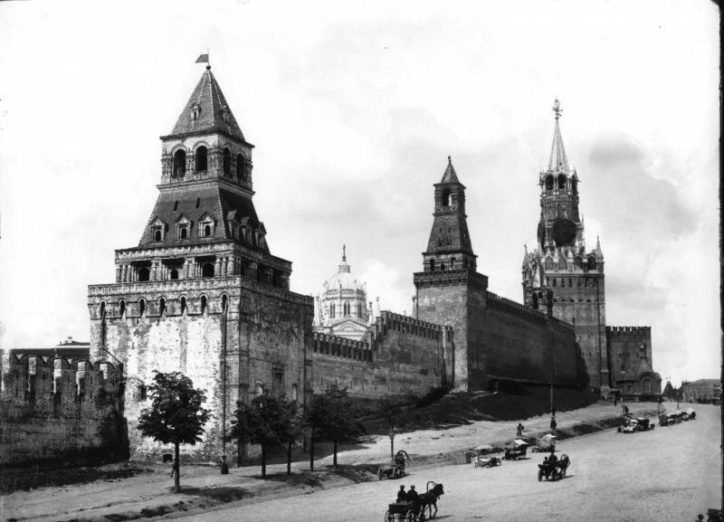 Встречи виртуальные — знания реальные: Музей Москвы запускает серию онлайн-бесед о чрезвычайных ситуациях