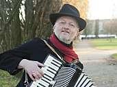 Ulli Torspecken - Piano, Gesang, Akkordeon