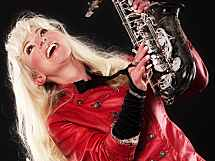 Saxophonistin Kathrin Eipert