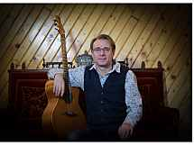 Andreas Thust - Guitar & Voice