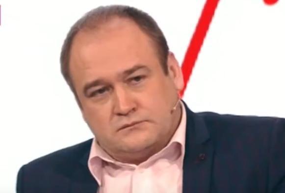 Актера из сериала «Интерны» Ивана Рыжикова обвинили в зверском избиении и домогательствах