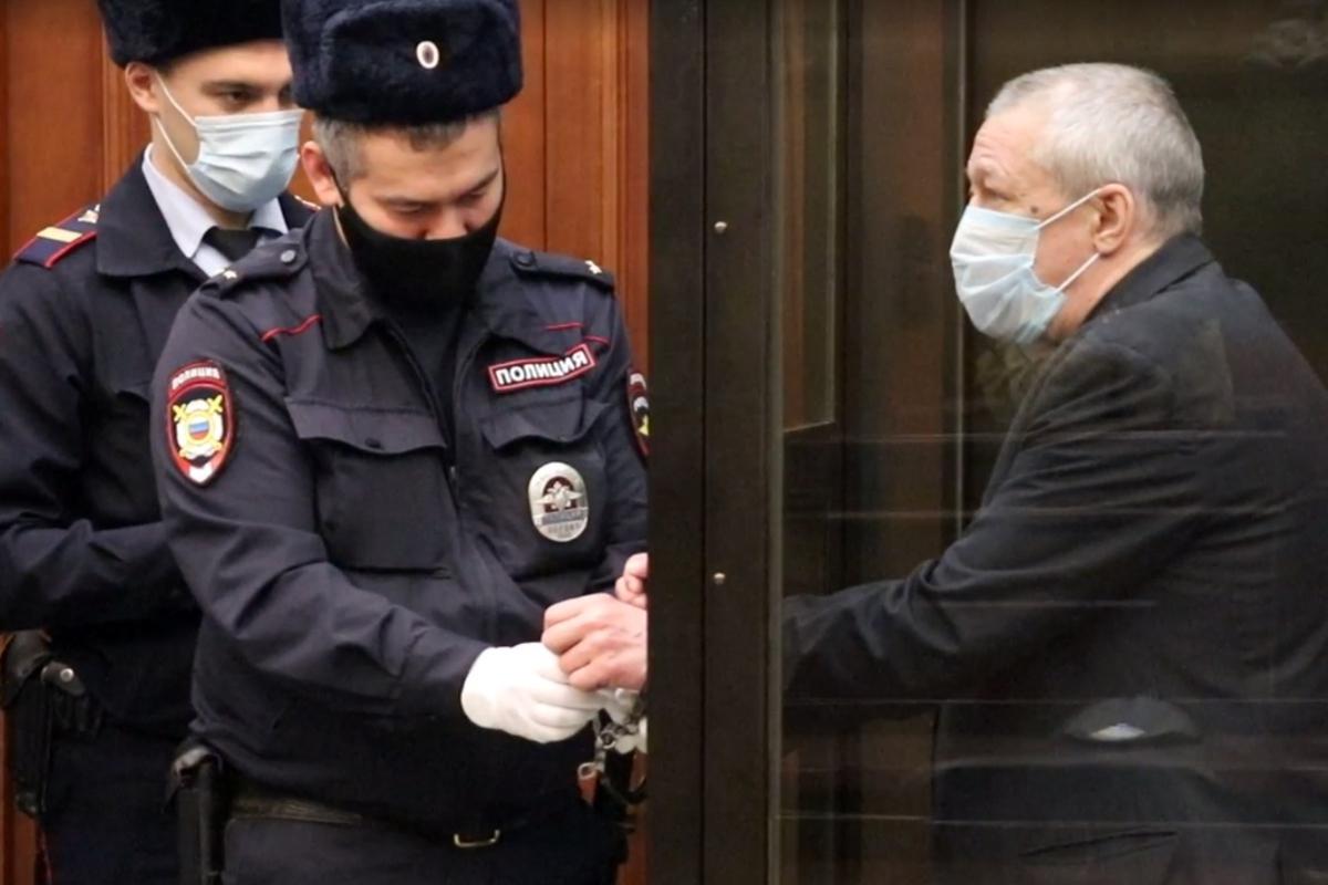 Пашаев опроверг показания Ефремова оподкупе свидетелей поделу актера