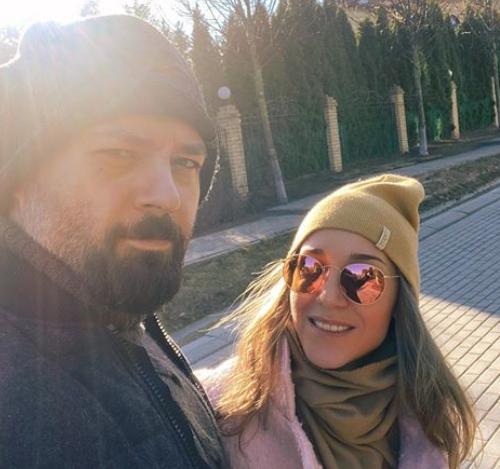 Юлия Ковальчук угрожает своему супругу «убийством» на карантине