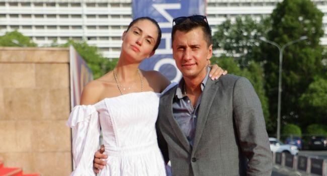 «Такой ужас, который Павел переживает, не пожелаешь даже своему врагу»: Разин резко высказался против актрисы Агаты Муцениеце