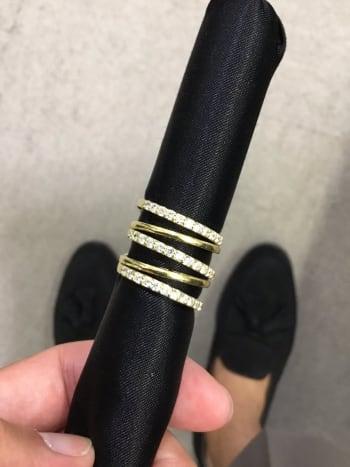 本日渋谷本店にてお買取りさせて頂きました イエローゴールドのダイヤモンドリングです。 ゴージャスなデザインでパッと目を惹きます! ありがとうございました #ジュエリー #ダイヤモンド #買取り https://t.co/ExkqWHfql5