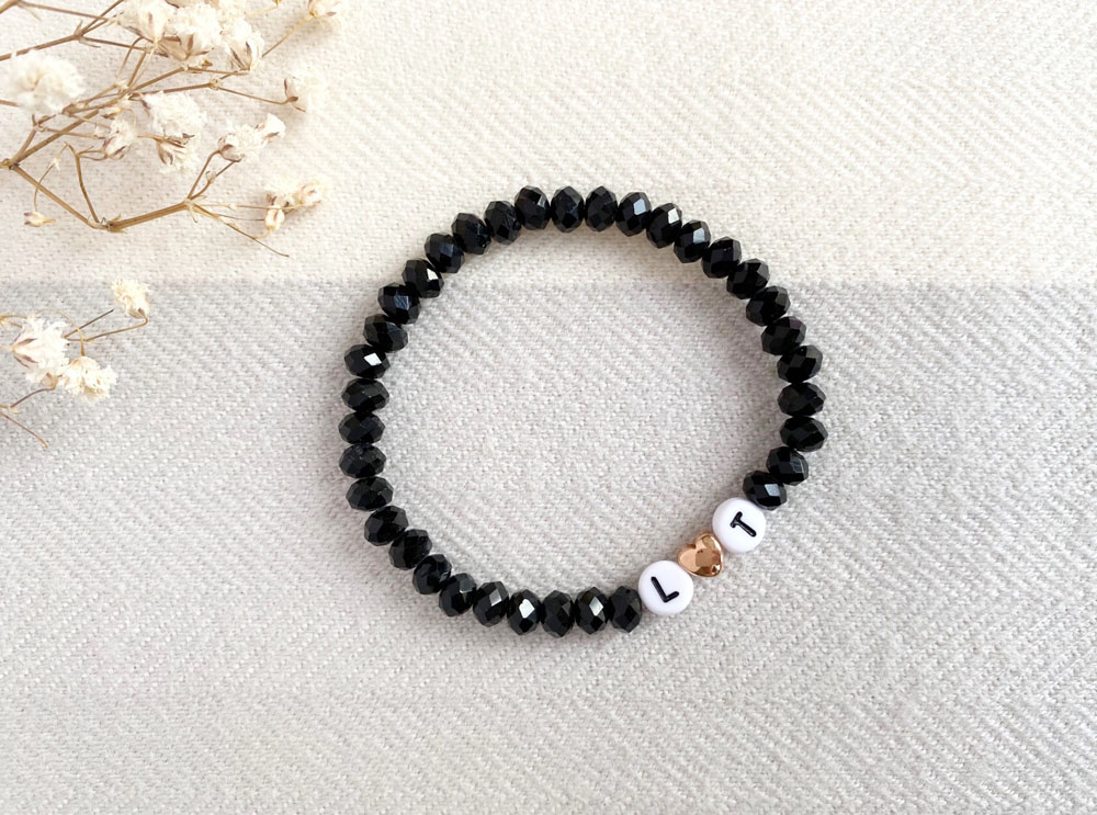 Personalisiertes Initialen Armband Schwarz