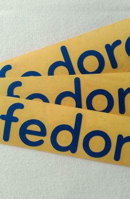 Stiker Cutting Fedora 1