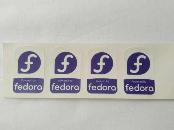 Stiker Badge Fedora 2