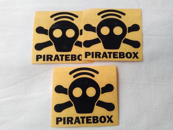 Stiker Cutting Piratebox 2