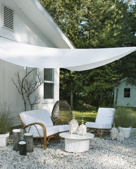 8 ways to add a summer vibe to your home