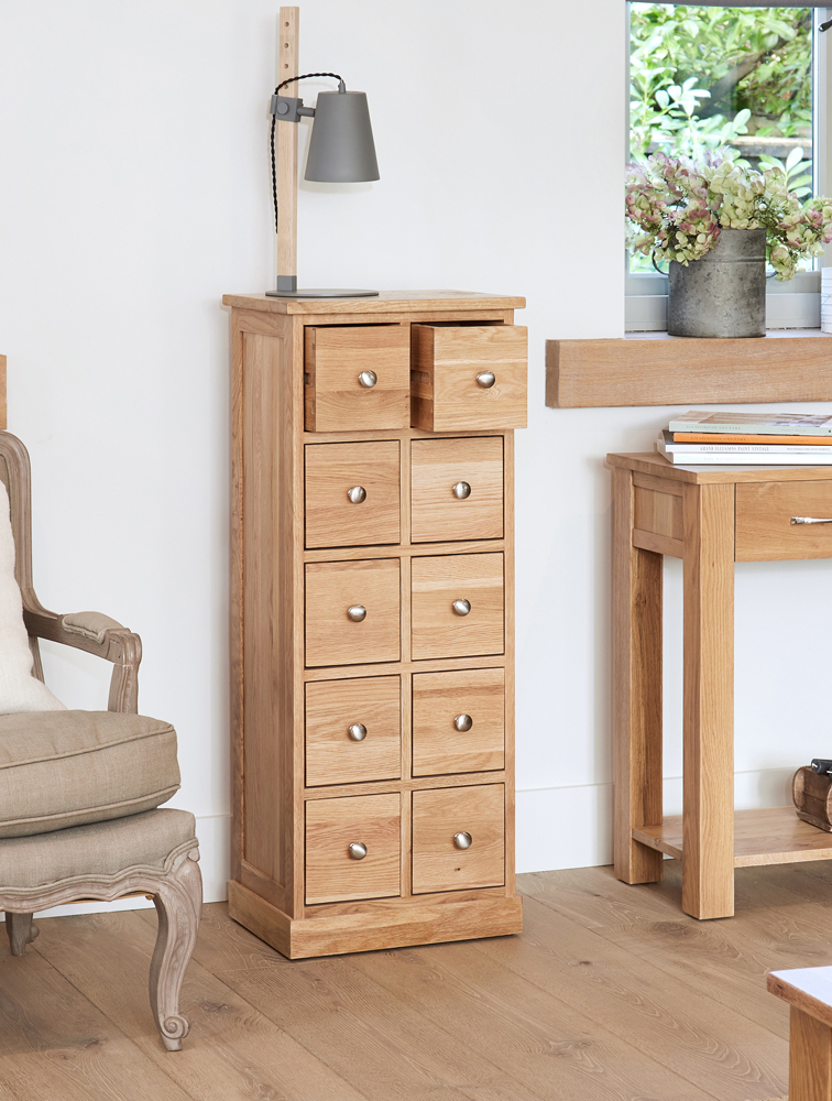 A new look for the Mobel Oak range