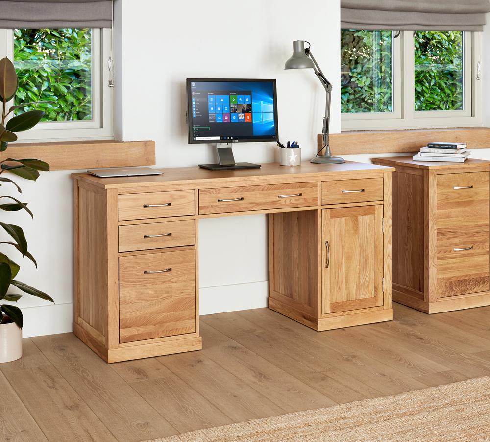A new look for the Mobel Oak range