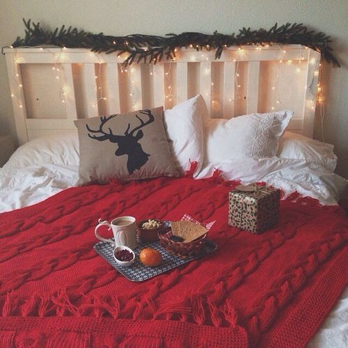 6 tips to get your guest bedroom ready for Christmas