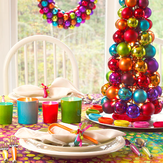 Trends to add sparkle to your Christmas dining table