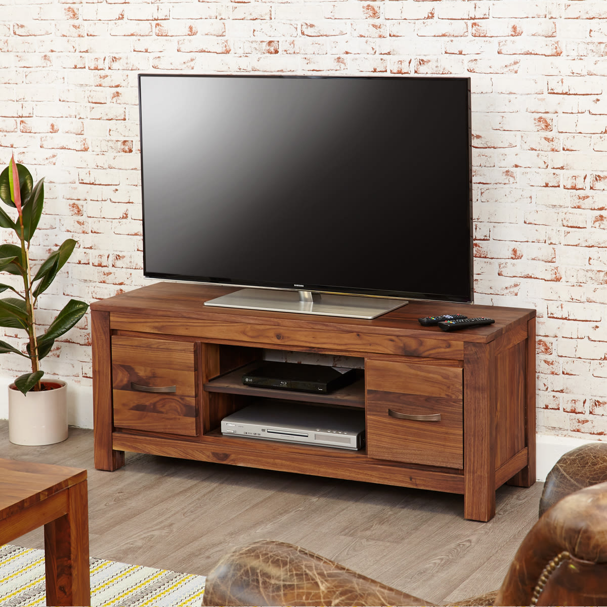 5 tips to choose the perfect TV cabinet