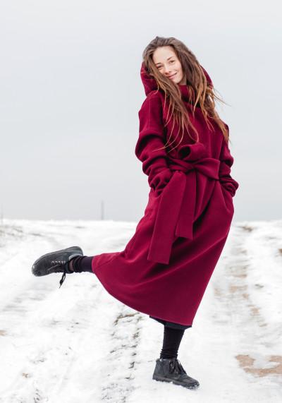 Тепла сукня з великим хомутом