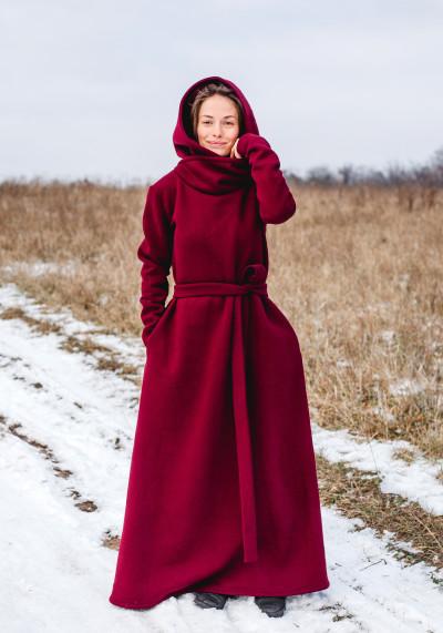 Фрея,  Затишна сукня з капюшоном