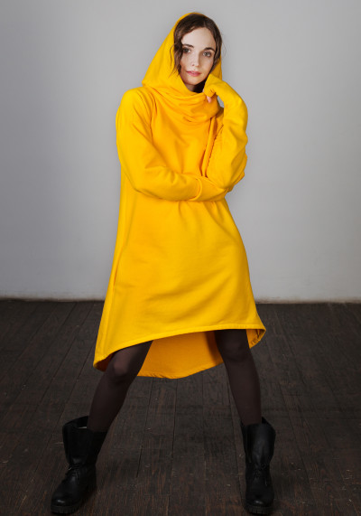 Сукня-туніка з каптуром