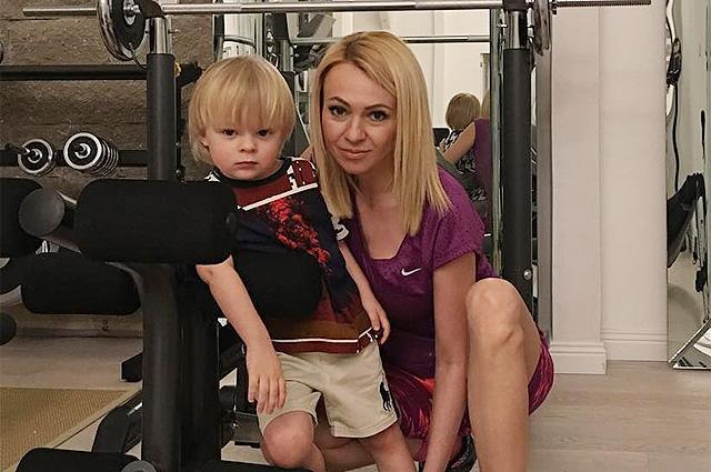 Яна Рудковская рассказала о выздоровевших после коронавируса знакомых